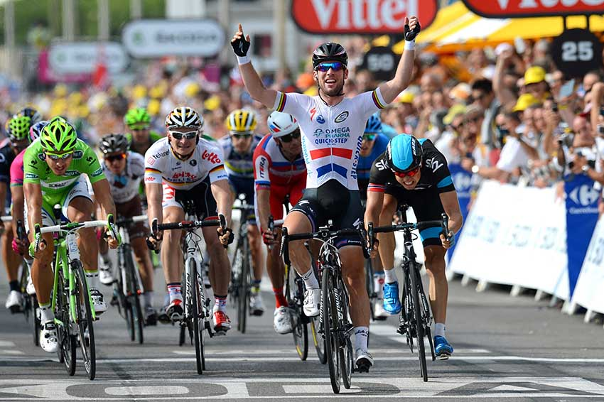 Cycling : 100th Tour de France 2013 / Stage 5 Arrival / Mark Cavendish (GBr) Celebration Joie Vreugde / Edvald Boasson Hagen (Nor)/ Peter Sagan (Svk)/ Cagnes-Sur-Mer - Marseille (228,5 Km)/ Ronde van Frankrijk TDF / Rite Etape (c)Tim De Waele