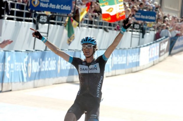 johan_van_summeren_wins_paris-roubaix_2011_1-620x410