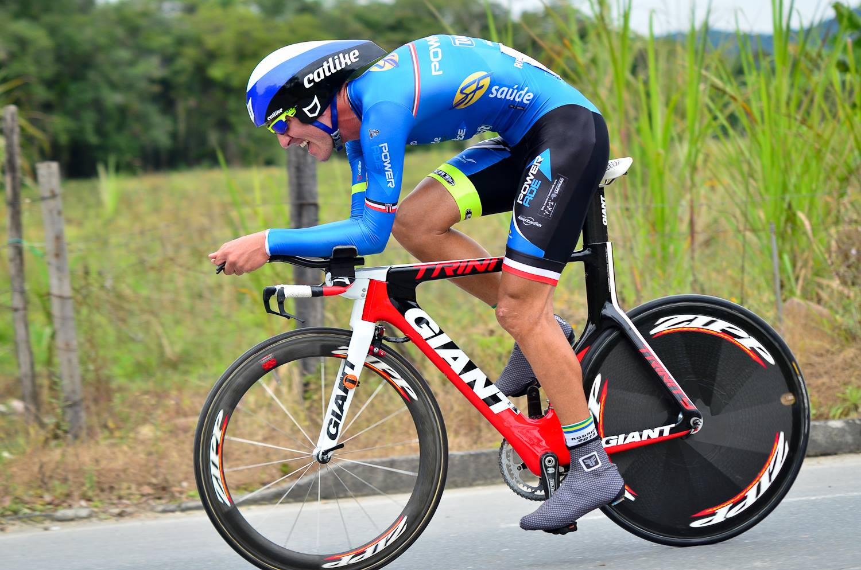 Rodrigo durante a prova. Foto: Confederação Brasileira de Ciclismo.