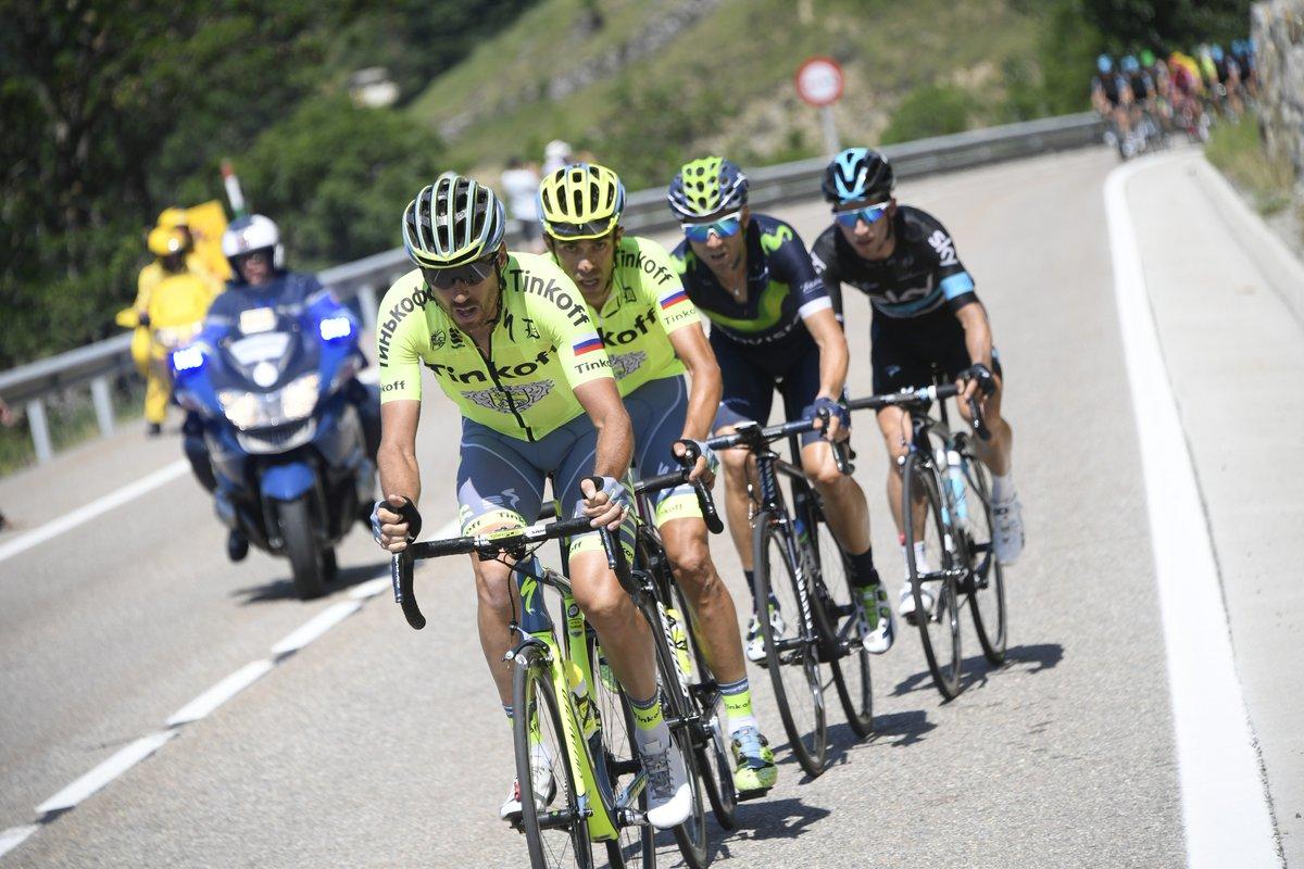Momento da tentativa de fuga de Alberto Contador.