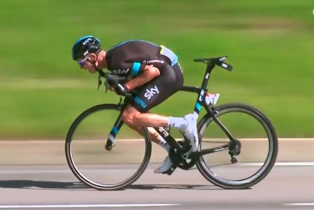 chris-froome-descending